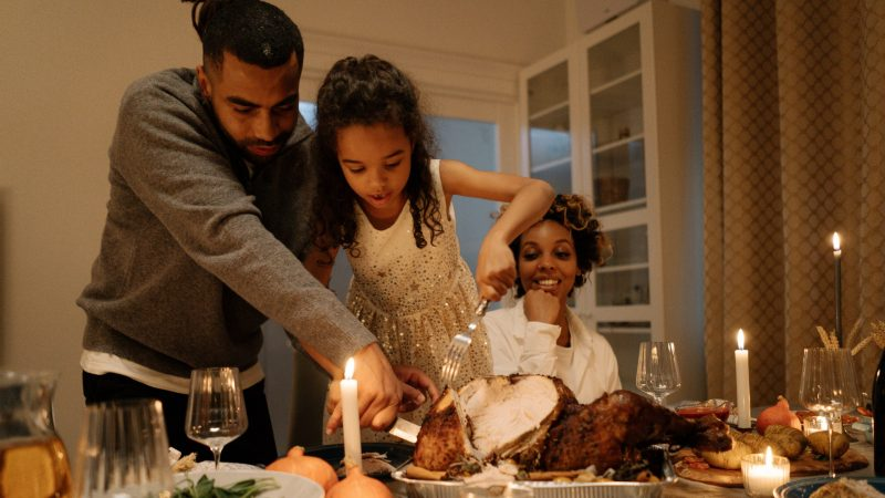 Health Experts: Scale Back Thanksgiving Plans To Avoid COVID-19